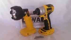 Dewalt 18-Volt Dc825B And Dw908 Flashlight (Bare-Tools) With Free Dewalt Dwht0046 Blades