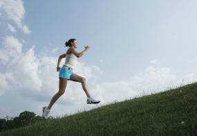 SanDisk Clip Sport MP3 Player lifestyle shot