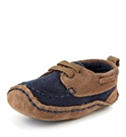 Suede Cruiser Pram Shoes