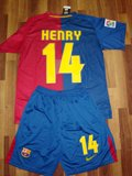 08-09 BARCELONA HOME JERSEY + FREE SHORT HENRY (SIZE L)