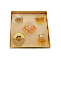 Haute Collection 5 Piece Mini Set pour Des Femme Coffret - 4 ml Safari EDP Mini + 7 ml Noa Eau de Toilette Mini + 8 ml Tresor EDP Mini + 4 ml Poeme EDP Mini + 5 ml Paloma Picasso Eau de Toilette Mini