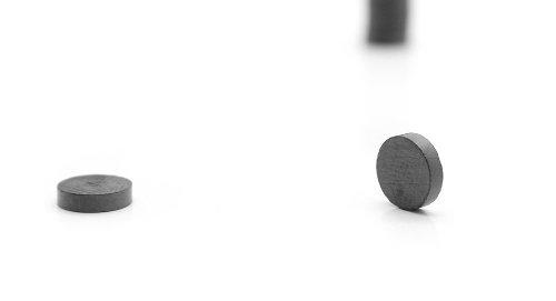 7.5Mm*1.9Mm Ferrite Disc Magnets (10-Pack)-7.5*1.9Mm: 10-Pack, Black - (Premium Quality)