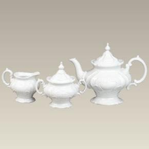 Pedestal Tea Set with 38 oz. Teapot