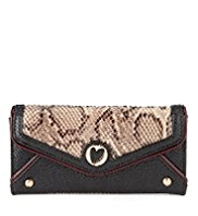 Per Una Faux Snakeskin Design Purse