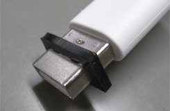 SAEC USB端子に取り付けて音質改善! USB-FIT サエク