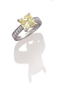 Sterling Silver Rhodium Plated Ring with Yellow 8x8 CZ and Graduated CZ Band / Size 6