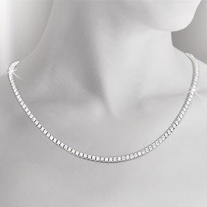 Round Brilliant Diamond Necklace (8.00 ctw) 18kt White Gold
