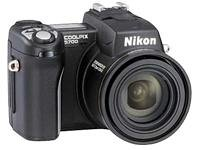 Nikon COOLPIX 5700 Digital Camera [5MP 8xOptical]