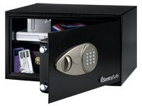 Sentry X105 Security Safe Electronic Lock 4mm Door 2mm Walls 30.5 Litre 14.1kg W430xD370xH225mm Ref X105