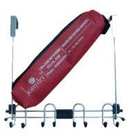 Traveller-Easy to carry portable and foldable clothes hanger