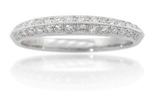 Diamond Antique Style 18k White Gold Knife Edged Wedding Band Ring