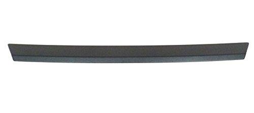 Ladekantenschutz aus ABS-Kunststoff in schwarz passend für Mercedes E-Klasse W211, Limousine, 4-Türer / 2002 - 2009 / 70 x 6,3 cm