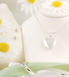 Sparkling Heart Locket Jewelry Set