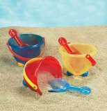 Small World Toys Sand & Water - Peek-A-Boo Bucket - Colors vary - 1