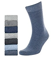 7 Pairs of Freshfeet™ Cotton Rich Plain Socks with Silver Technology