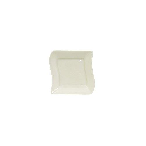 """Tuxton Bpz-063C 6.25"""" Porcelain White Wave Plate - 12 / Cs"""