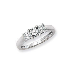 Unique Wishlist 9ct White Gold 6pt Illusion Set Diamond Trilogy Ring