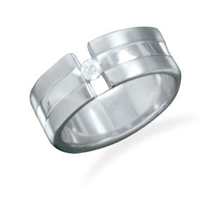 Titanium ring with center CZ. / Size 12