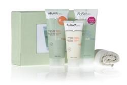 Ahava Radiant Spa Kit 3 piece gift set