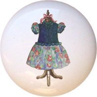 Vintage-look Country Dress Drawer Pull Knob