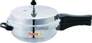 Pigeon-Deluxe-Aluminium-Pan-6-L-Pressure-Cooker-(Outer-Lid)