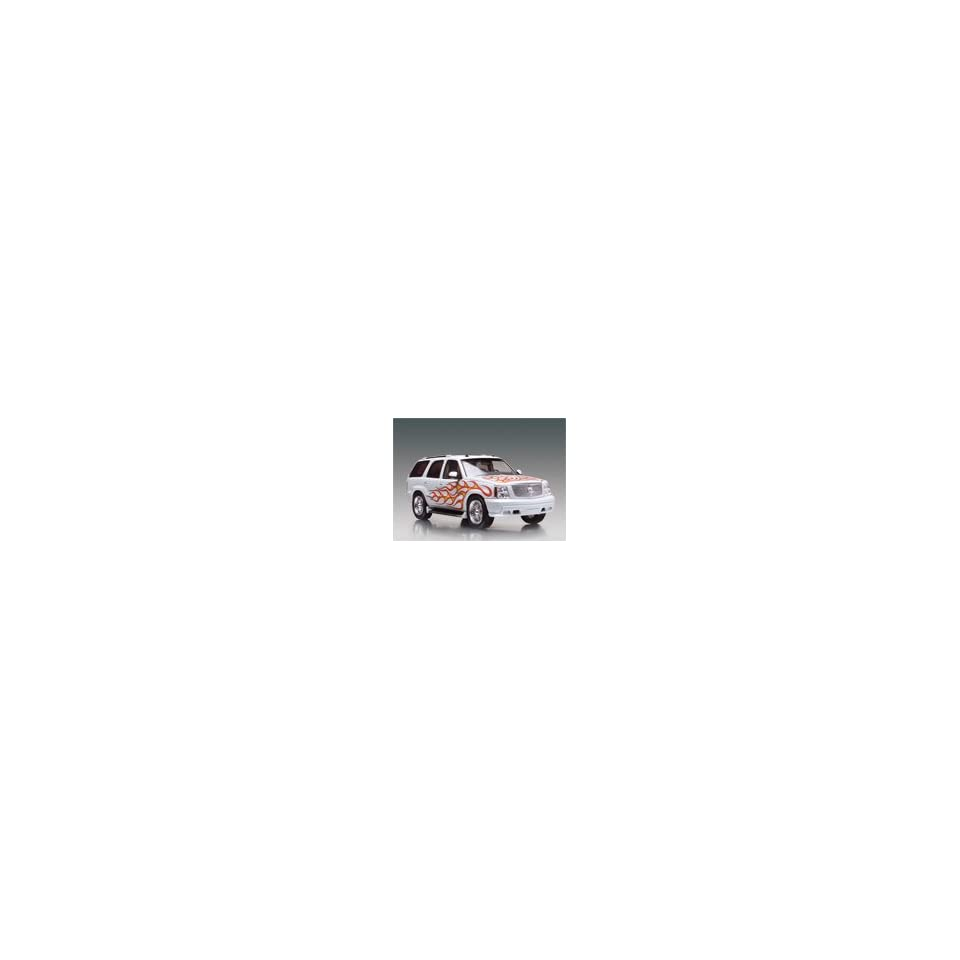 Revell Monogram 1/25 Cadillac Escalade California Wheels Kit