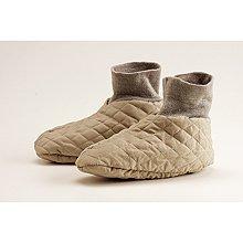 HOT SOX Insulated Slippers ~ Medium