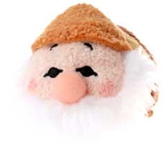 Disney Exclusive Tsum Tsum 3.5 Inch Mini Plush Sneezy