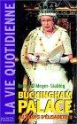 echange, troc Bertrand Meyer-Stabley - La Vie quotidienne à Buckingham Palace sous Elisabeth II