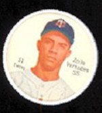 1962 Salada Tea Coins (Baseball) Card# 51 Zoilo Versalles (White Buttons) Of The Minnesota Twins Nrmt Condition