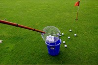 Golfball-Sammler - Sammelt Golfbälle ohne Bücken!