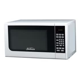 Sunbeam SGC7701 0.7 Cubic Foot 700 Watt White Compact Digital Microwave Oven