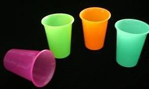 Tupperware Sippy Cups front-1070188