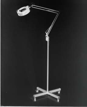 5D Illuminated Magnifying Lamp w/Casters Adjustable vertical pole 29