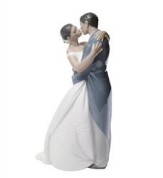 Amazon.com - Nao by Lladro Collectible Porcelain Figurine: A KISS
