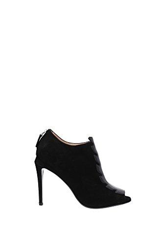 8T488145LF0ABB-Fendi-Sandale-Femme-Chamois-Noir