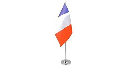 gizzy-r-france-9-x-6-cm-drapeau-de-table-en-satin-avec-perche-telescopique-et-base-chrome