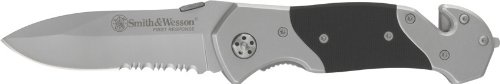 Smith & Wesson SWFRS First Response Serrated Knife