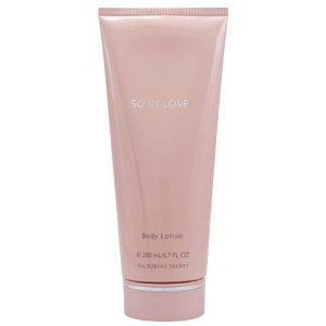 Victoria's Secret So In Love Body Lotion