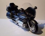 1:12 Scale Honda Gold Wing 2010 Red Diecast Motorcycle Model (Honda Models compare prices)