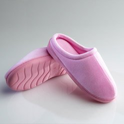 Cheap Pink Memory Foam Slippers – Super Soft and Stylish Slippers (B008QZ6DJS)