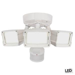 Defiant 270 Degree Outdoor Motion Activated White Led