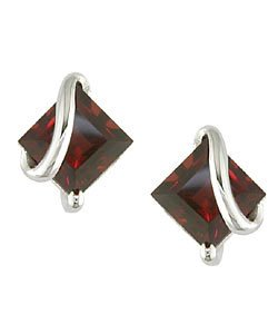 10K White Gold Garnet Square Earrings
