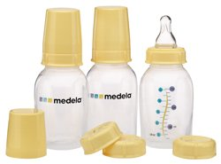 Medela Breastmilk Storage and Feeding Set
