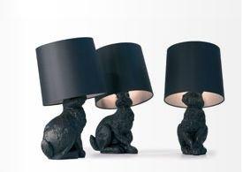 moooi-stehleuchte-rabbit-lamp-schwarz-front-2006-schirm-pvc-baumwolle-auf-metalstruktur-hase-polyest