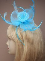 crystal-innovation-4321-aqua-pastel-coloured-net-and-feather-crystal-centre-fascinator-on-clear-comb