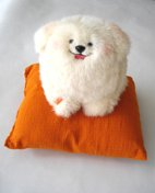 プレゼントにも最適! 大人気・幸せを呼ぶ犬「ユンユン」