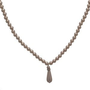 Contrite Beige Pearl Crystal Pearl Pendant Choker Necklace