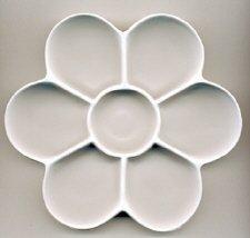 Palette Plastic : 7 well Daisy 7 in. diameter (APP5)