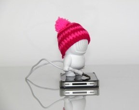 Imixid Audiobot (Beanie Color Varies)